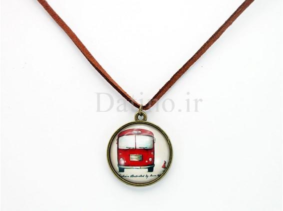 عکس گردنبند زنانه شیشه ای اتوبوس قرمز-Toxic.N.26 - انواع مدل گردنبند زنانه شیشه ای اتوبوس قرمز-Toxic.N.26