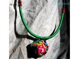 گردنبند زنانه بافتنی طرح گل رز رنگارنگ-Toxic.N.53